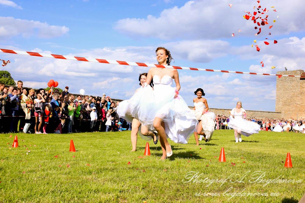 Сбежавшие невесты 2012, весь репортаж